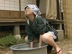 洗濯しながらオナニー